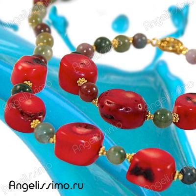 Массивное ожерелье – звезда вашего образа